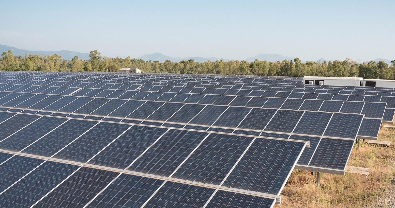 Planta solar sobre suelo