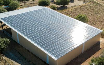 Dhamma Energy cierra la financiación de dos cubiertas solares con 4,35 MWp en Francia